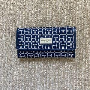 Tommy Hilfiger Blue & White Wallet